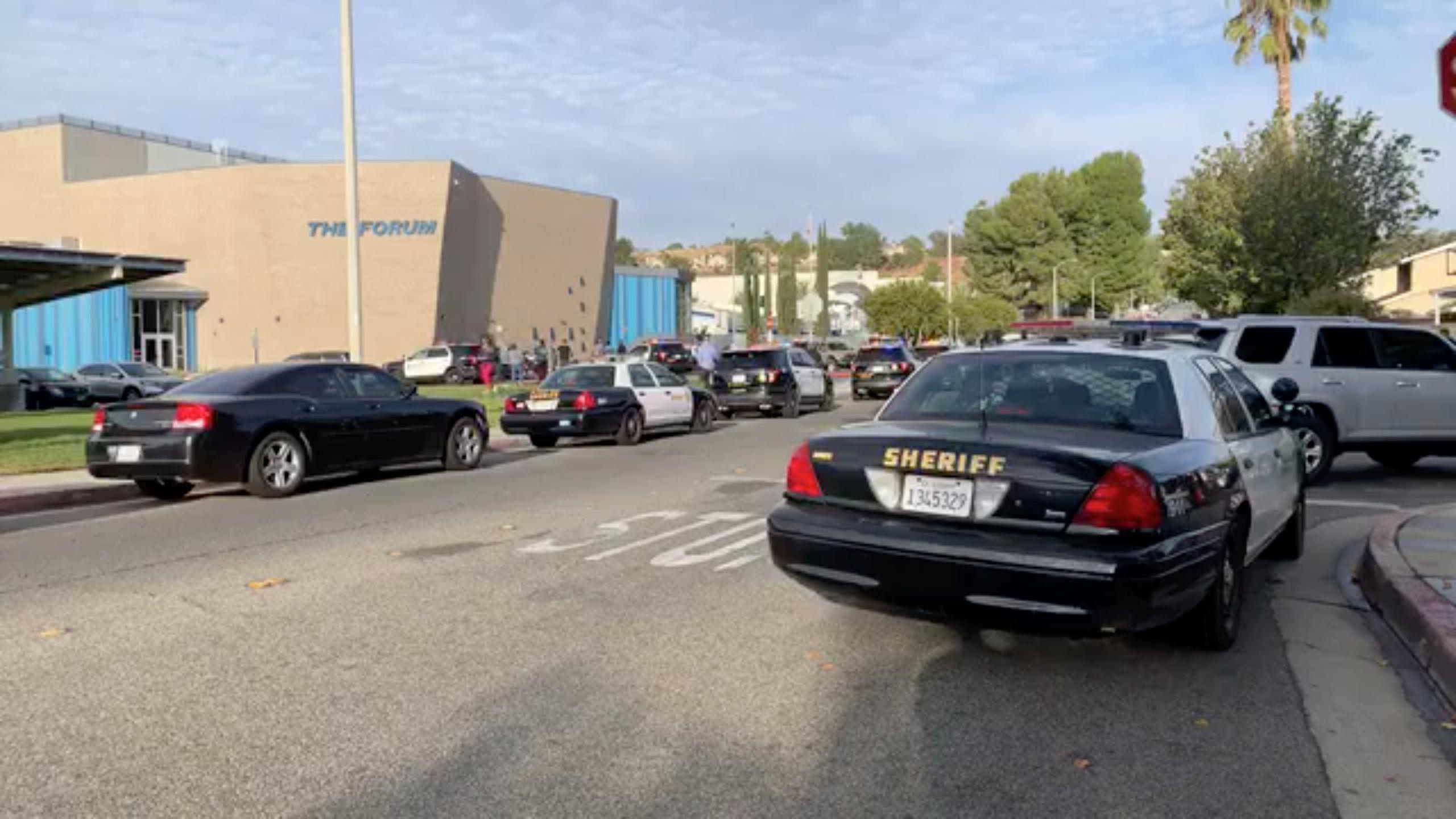 Καλιφόρνια: Τουλάχιστον μία νεκρή από τα πυρά 15χρονου σε συγκρότημα σχολείων
