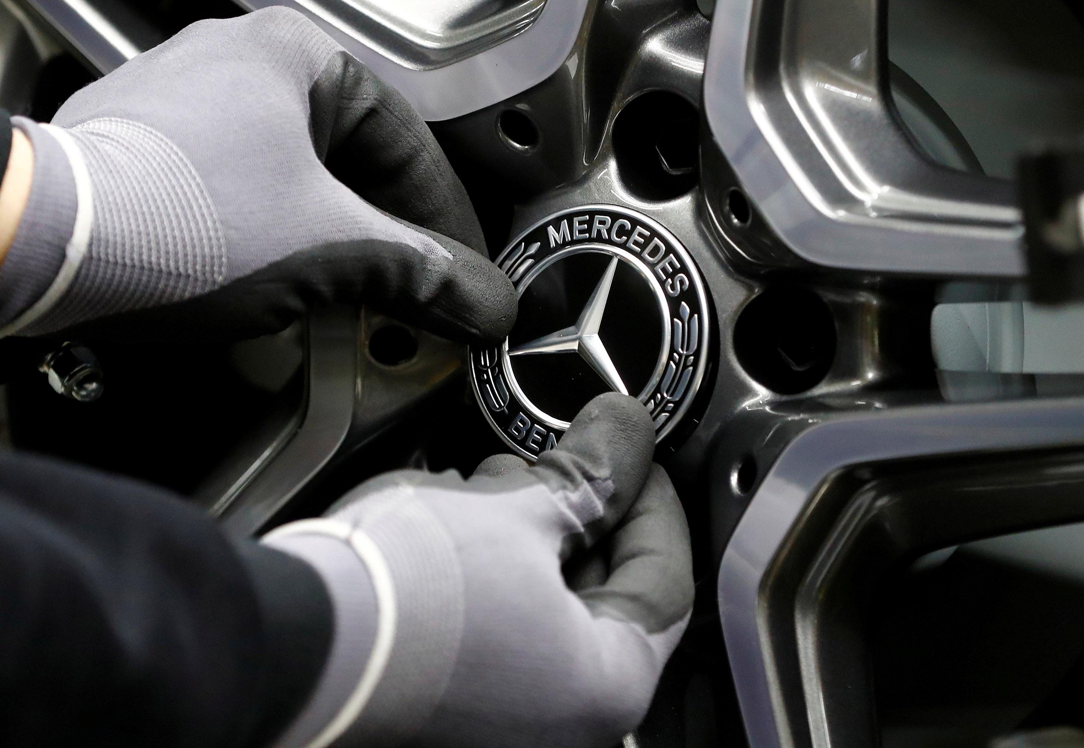 Daimler: Απολύσεις προσωπικού στη Mercedes Benz για εξοικονόμηση 1 δισεκ. ευρώ!