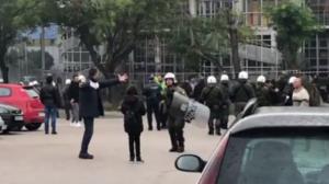 Επεισόδια μεταξύ οπαδών ΠΑΟΚ και Άρη στη Θεσσαλονίκη! video
