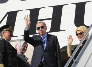 """Ερντογάν: Τα παζάρια στις ΗΠΑ, οι """"γλύκες"""" στον Τραμπ και η σπόντα του για την Ελλάδα"""