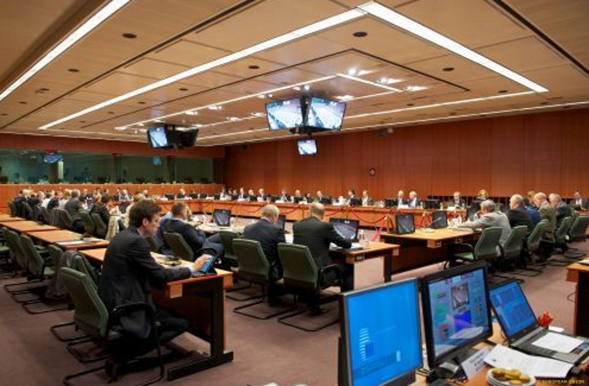 """""""Πράσινο"""" φως από το EWG για την επόμενη δέσμη μέτρων ελάφρυνσης του ελληνικού χρέους"""