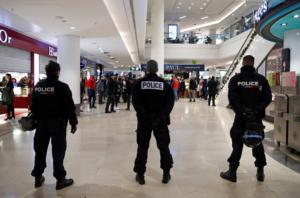 Μια ανενεργή οβίδα προκάλεσε την μερική εκκένωση του σιδηροδρομικού σταθμού στο Παρίσι