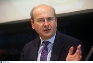 """Χατζηδάκης: Πρωτοβουλίες για την ανάπτυξη """"πράσινων"""" χρηματοδοτήσεων"""