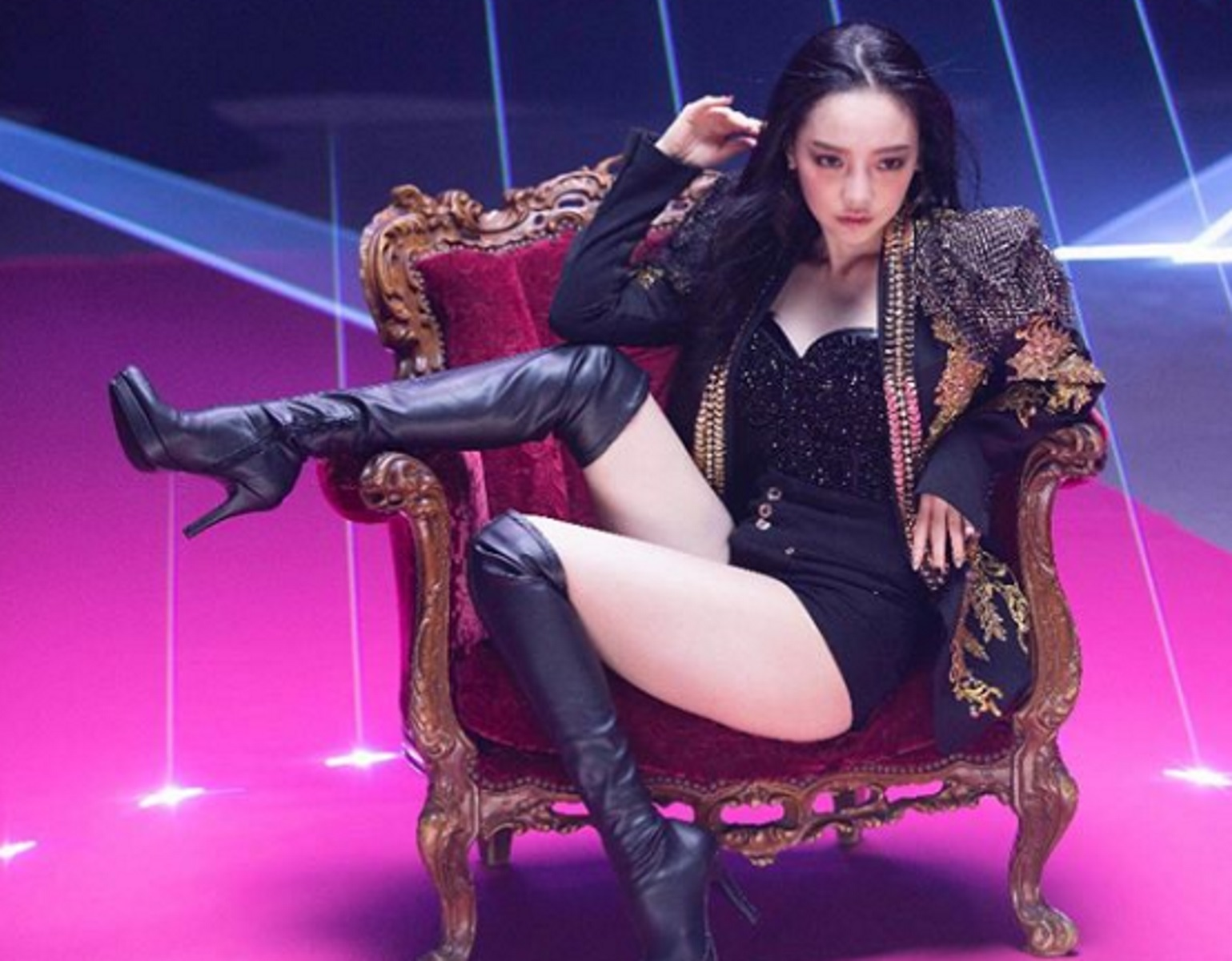 Διάσημη τραγουδίστρια της K Pop βρέθηκε νεκρή! [Pics]