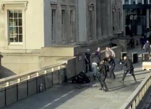 Λονδίνο: Είχε φυλακιστεί για ισλαμική τρομοκρατία ο μακελάρης της Γέφυρας