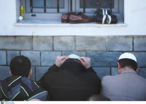 Θύματα διακρίσεων σχεδόν οι μισοί μουσουλμάνοι στη Γαλλία