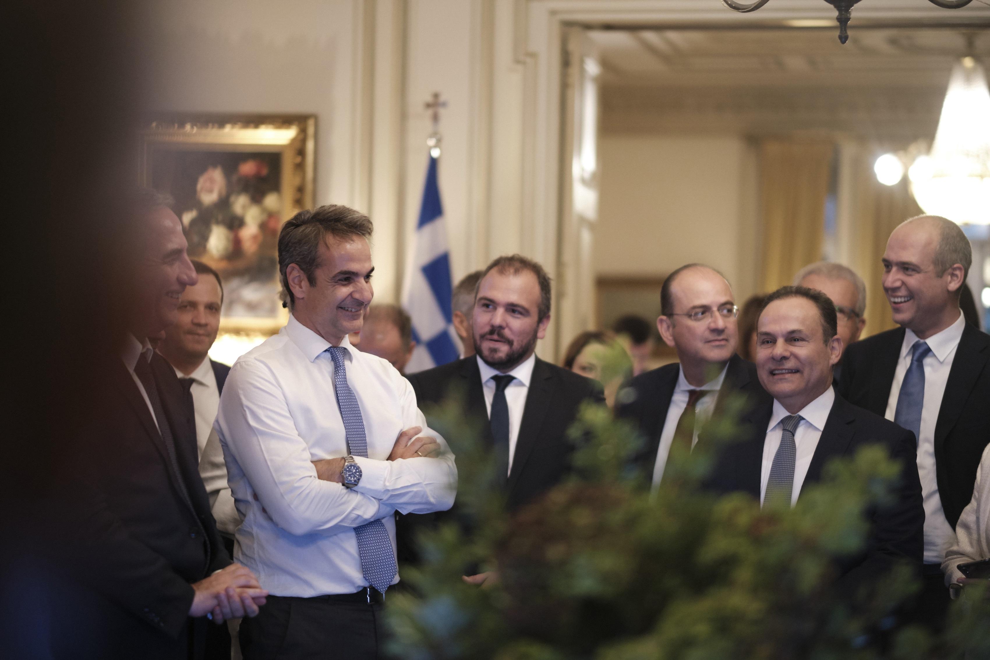 """Μητσοτάκης: Χαλαρό """"ραντεβού"""" των βουλευτών της ΝΔ με τον Πρωθυπουργό το Σάββατο"""