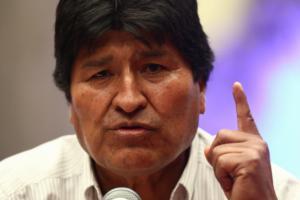 Ο Έβο Μοράλες δηλώνει έτοιμος να επιστρέψει στη Βολιβία!