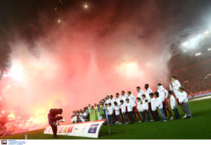 """Ολυμπιακός – ΠΑΟΚ: """"Έπεσε"""" το σύστημα! """"Χαμός"""" για τα εισιτήρια"""