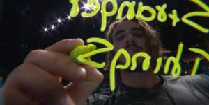 """""""Παράξενα πράγματα"""" από τον Τσιτσιπά! video"""