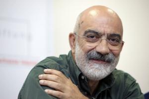 Τουρκία: Νέο ένταλμα σύλληψης για Αχμέτ Αλτάν