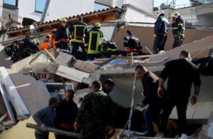 Σεισμός – Αλβανία: Τουλάχιστον 13 οι νεκροί! Με γυμνά χέρια ψάχνουν τα ερείπια