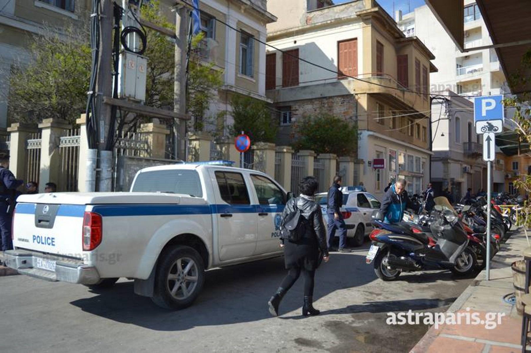 Ισόβια στον 25χρονο δολοφόνο της Ερατούς στην Χρυσομαλλούσα Μυτιλήνης - Ένταση έξω από τα δικαστήρια
