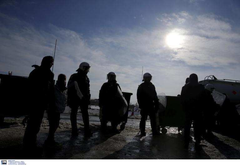 """Θεσσαλονίκη: Ποινές """"μαμούθ"""" για διακίνηση και παράνομη κράτηση μεταναστών"""