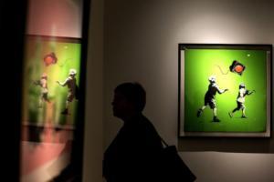 "Banksy: Αποσύρθηκε από τη δημοπρασία το κλεμμένο γλυπτό ο ""Πότης"""