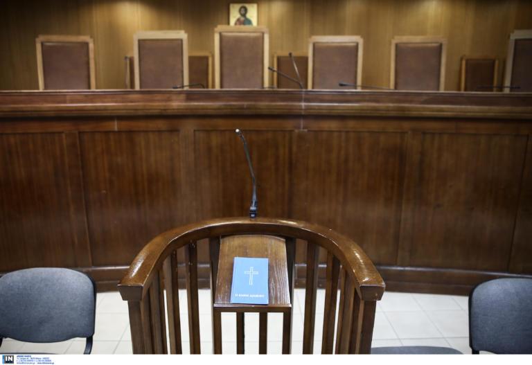 Θεσσαλονίκη: Το Εφετείο μετατράπηκε σε… ρινγκ! Άγριο ξύλο μπροστά στα μάτια δικηγόρων και δικαστικών!