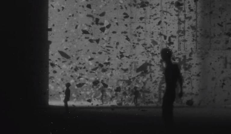 Thom Yorke: Φουλ της… δυστοπίας στο βιντεοκλίπ για το «Last I heard»! video
