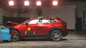 Εκπληκτική επίδοση από το νέο Mazda CX-30 στις δοκιμές του Euro NCAP [vid]