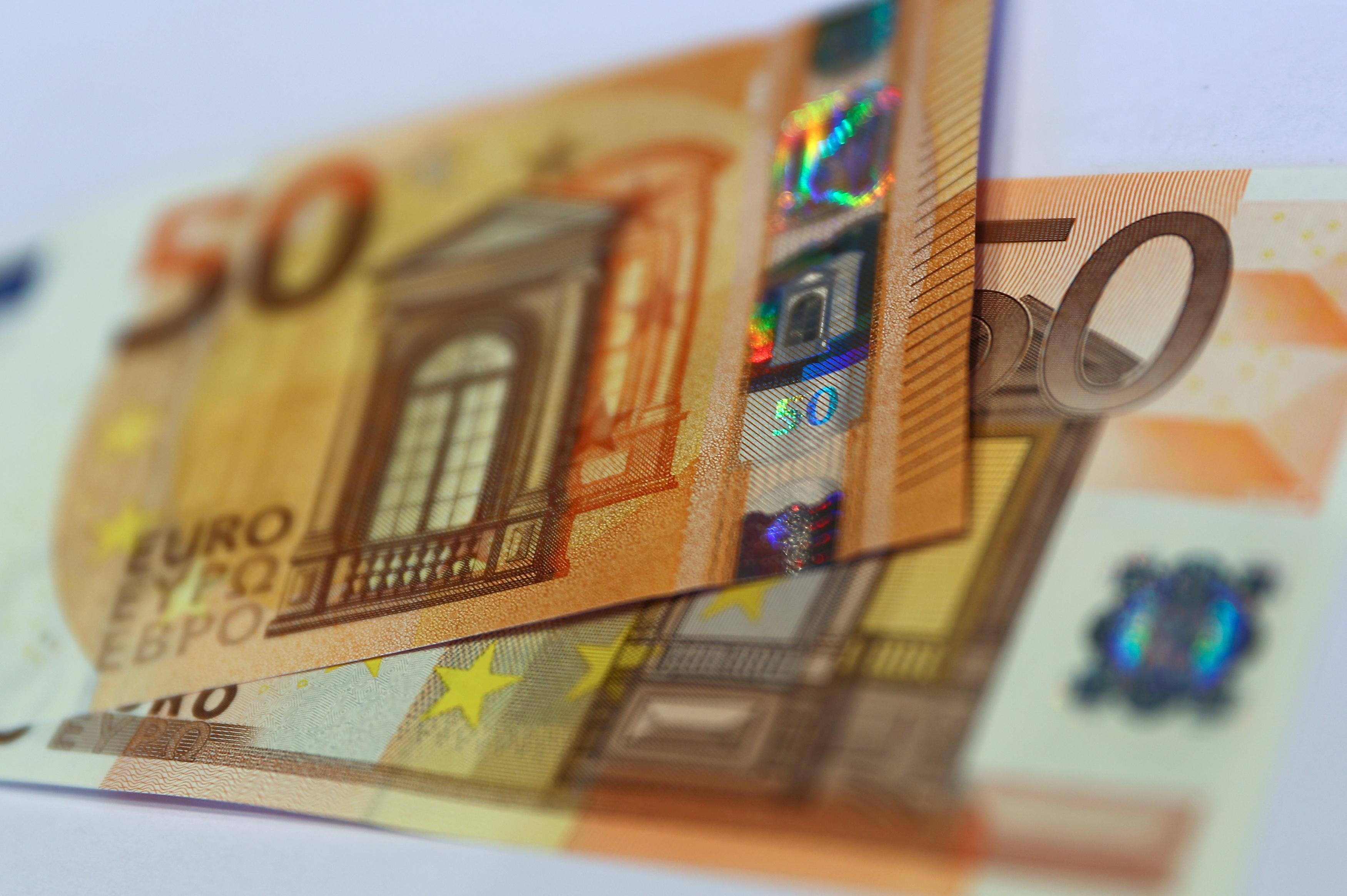 Το χρώμα του χρήματος! Σχέδιο για μείωση των ληξιπρόθεσμων με κερδισμένους χιλιάδες συνταξιούχους