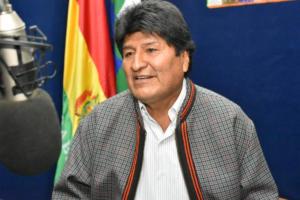 Βολιβία: Αναγκαστική προσγείωση για το ελικόπτερο του Έβο Μοράλες!