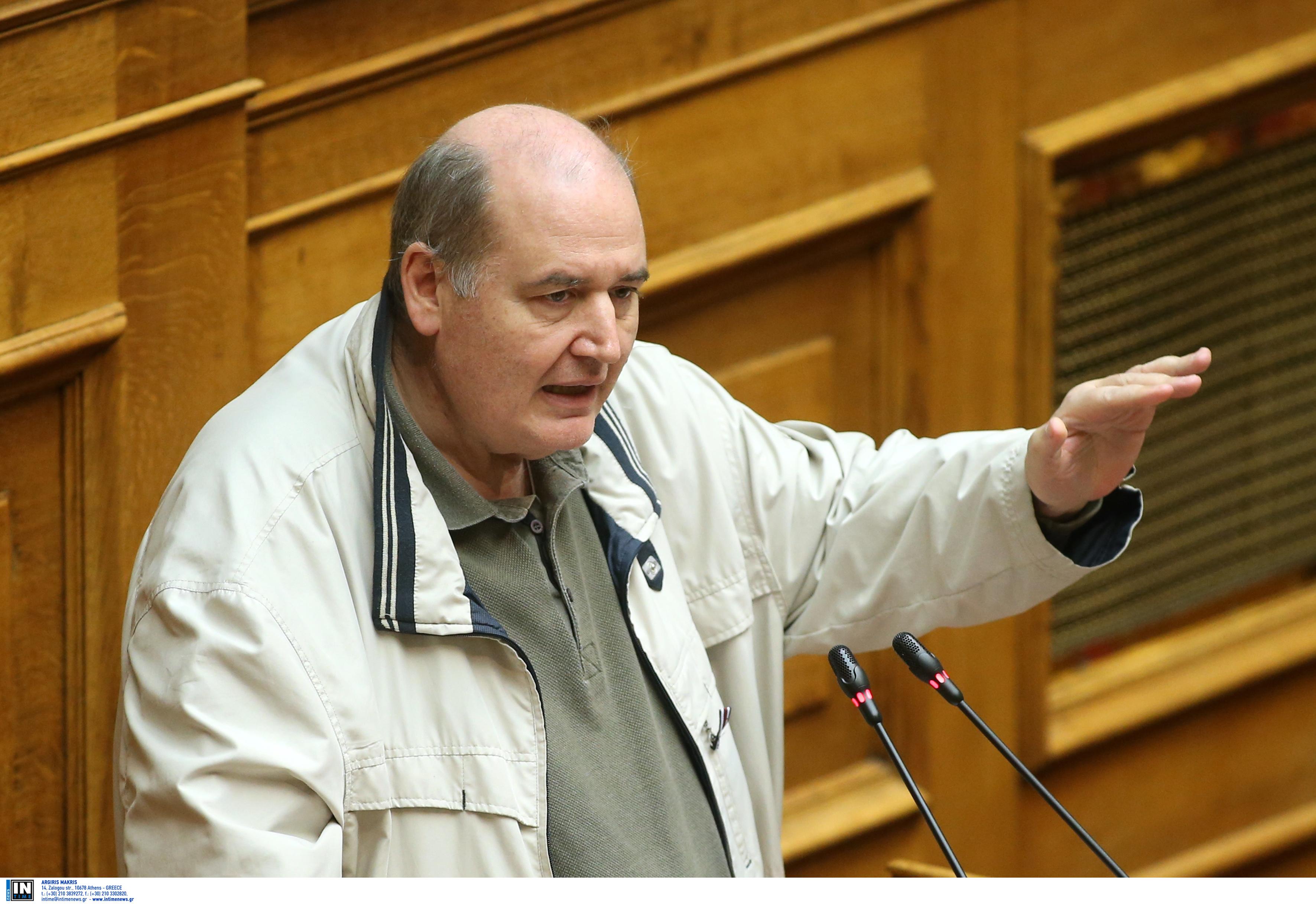 Με… βαριά καρδιά υπέρ της πρότασης ΣΥΡΙΖΑ για τις σχέσεις Κράτους – Εκκλησίας ο Φίλης! Καυγάς με Στυλιανίδη
