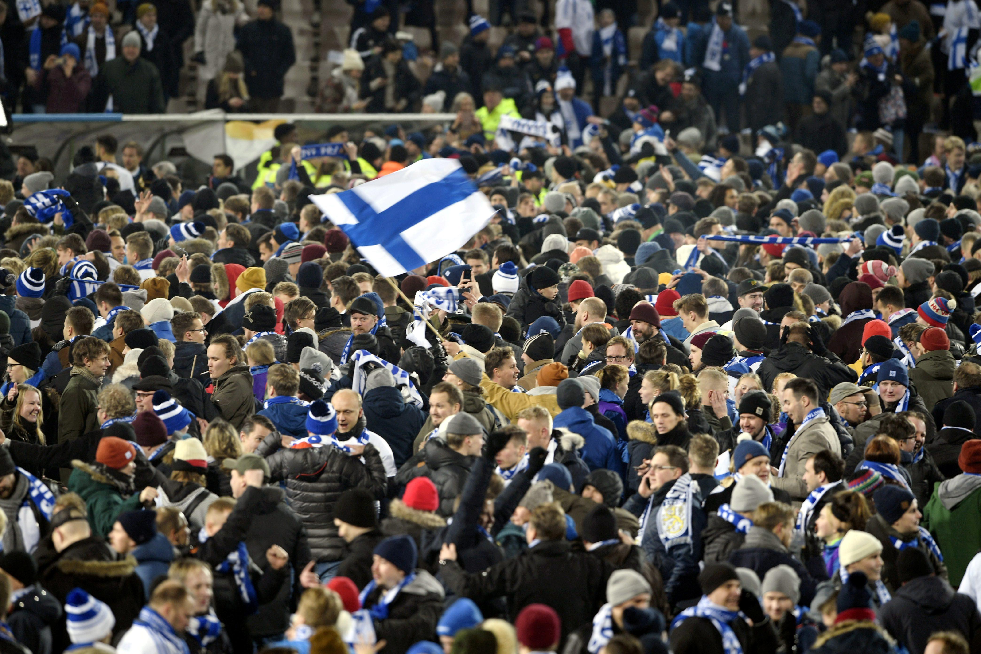 Η Ελλάδα έβγαλε στους δρόμους τους Φινλανδούς! – video
