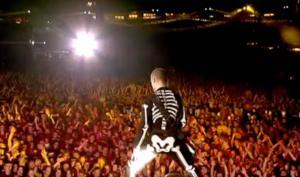 Red Hot Chill Peppers: Ο Flea… δεν λέει τα μυστικά τους! video