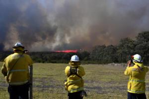 Δεκάδες πυρκαγιές καίνε την Αυστραλία – Ενισχύονται οι άνεμοι