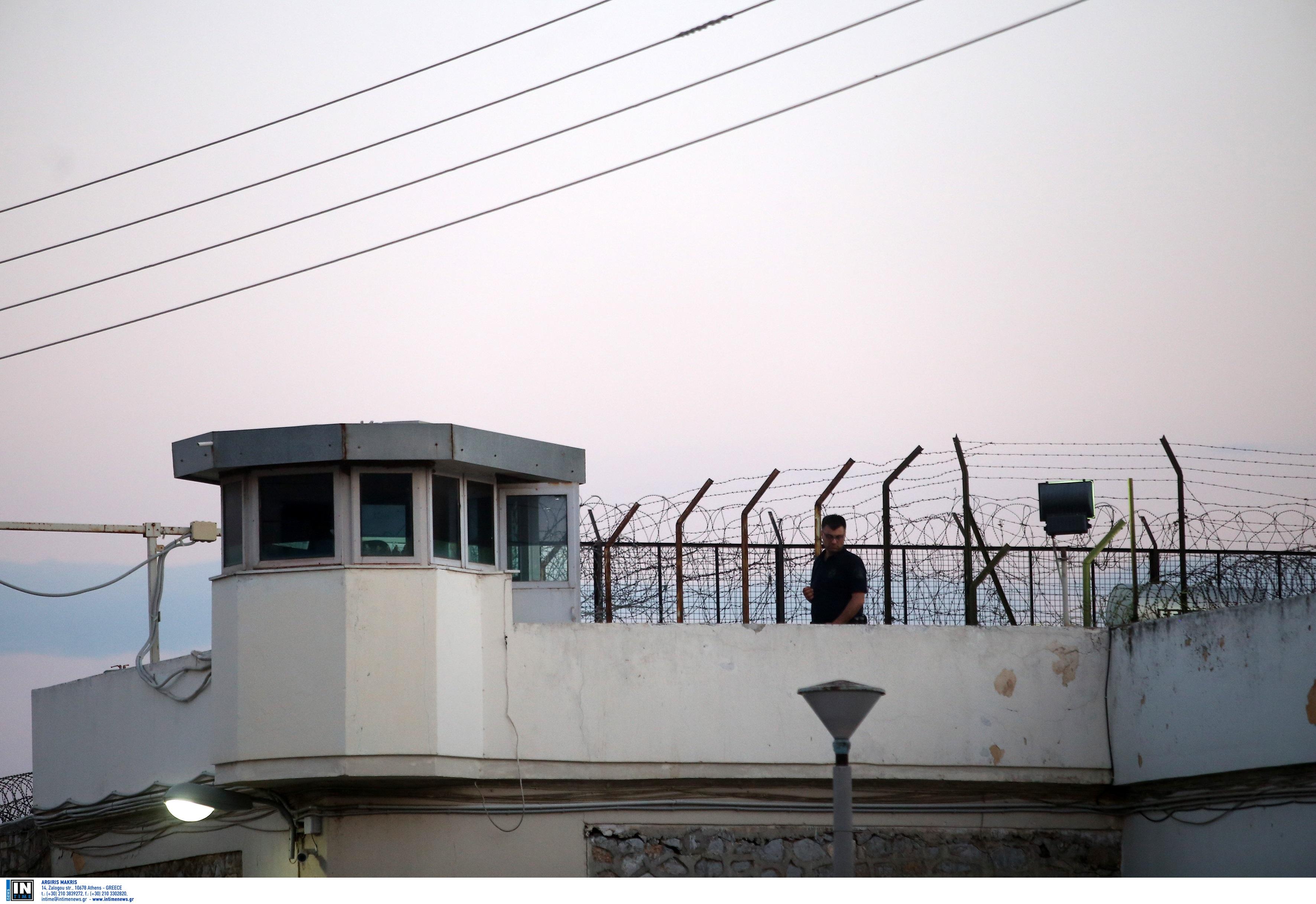 Απίστευτο: Κρατούμενος στα Τρίκαλα κατάπιε 11 σακουλάκια με ναρκωτικά