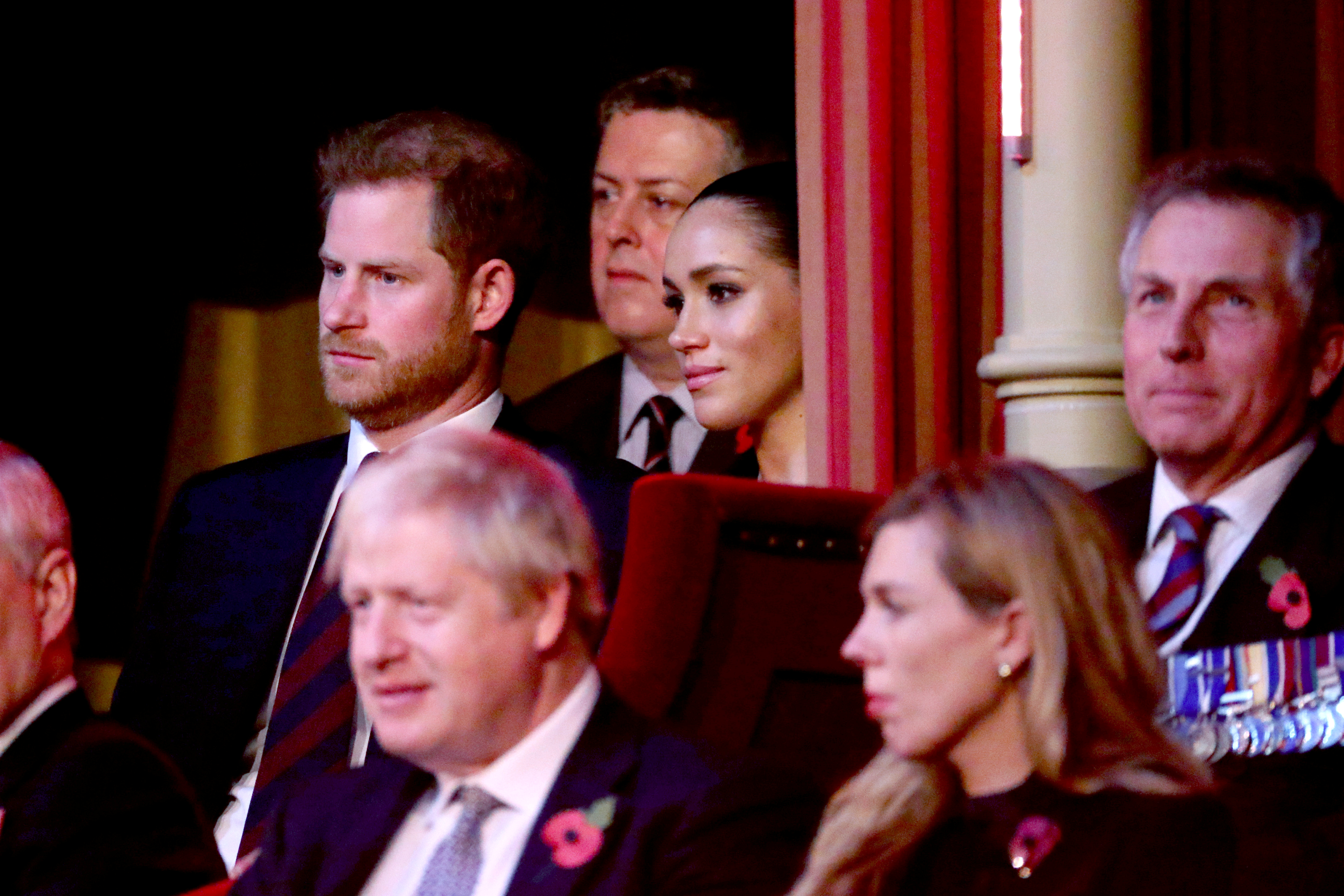 Απίστευτο: «Γείωσαν» τη Βασίλισσα ο Χάρι και η Μέγκαν – Θα κάνουν χωριστά Χριστούγεννα!