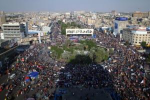 Παραλύει η Βαγδάτη! Μαζικές απεργίες με αίτημα να πέσει η κυβέρνηση