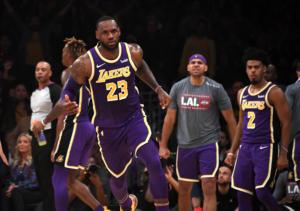 """Ο Λεμπρόν """"καθάρισε"""" ξανά για τους Λέικερς! Τα αποτελέσματα στο NBA – video"""