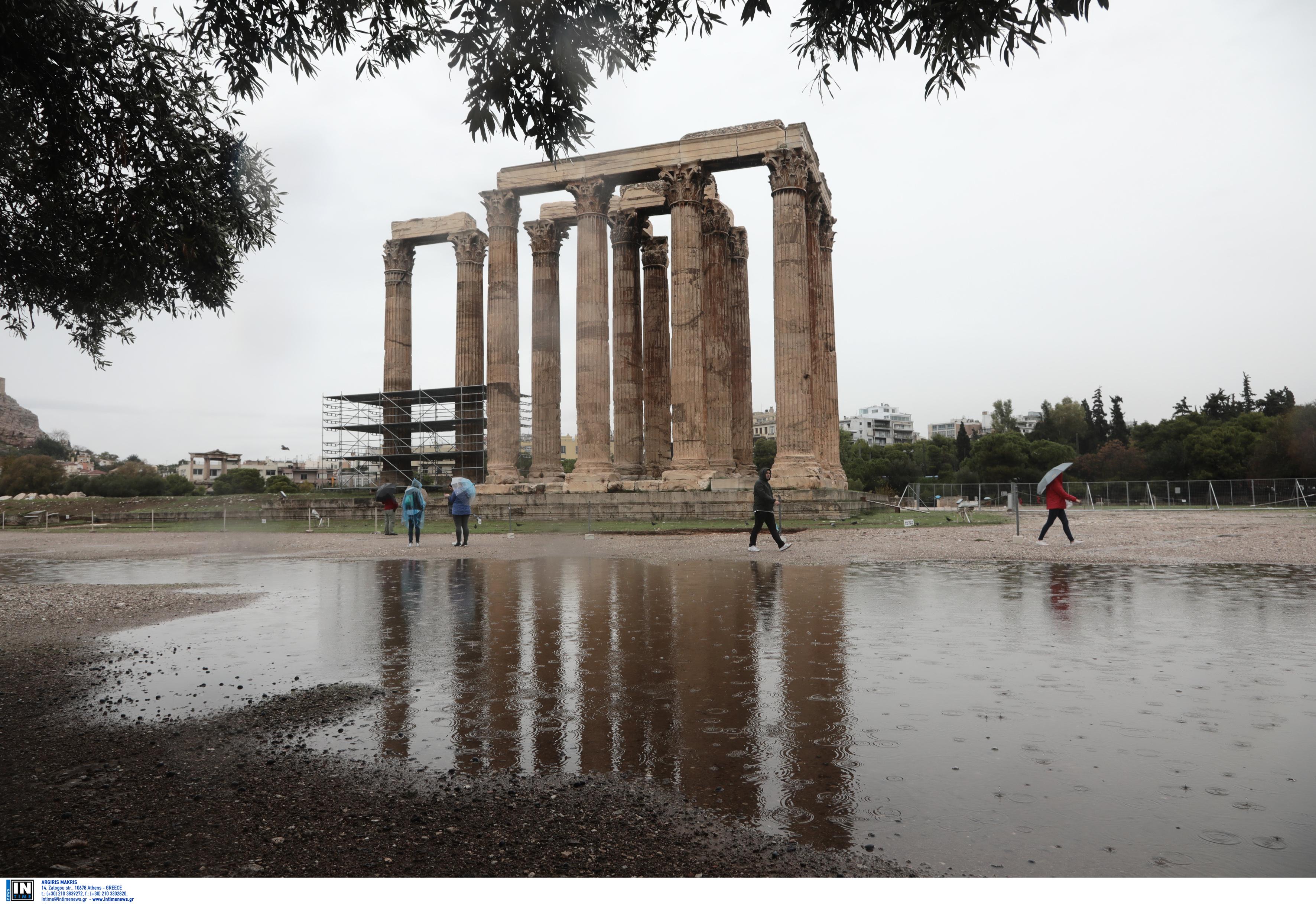 Τοπικές βροχές αύριο στα δυτικά και το Αιγαίο - Ανεβαίνει η θερμοκρασία