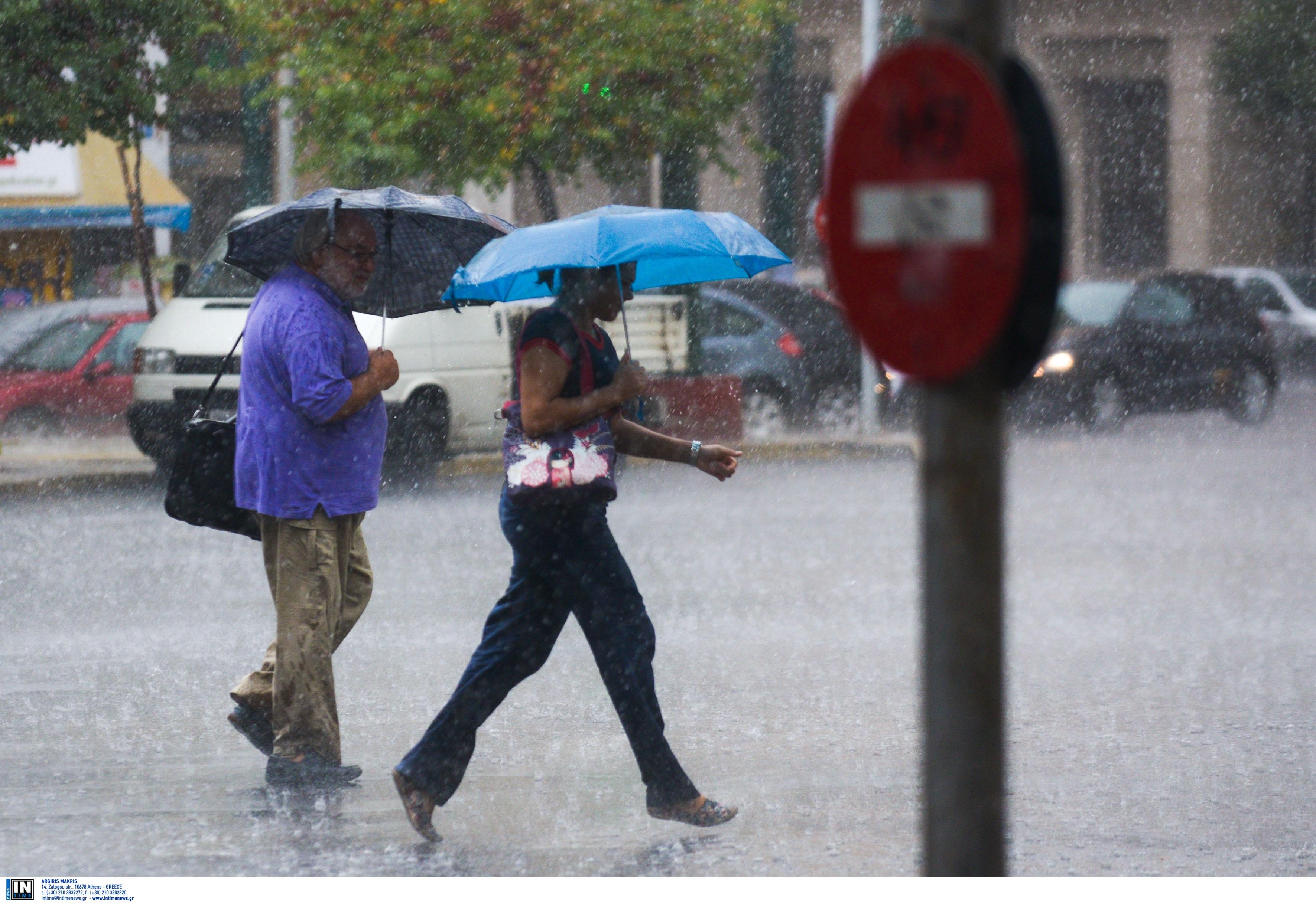 Θα μουλιάσουμε και σήμερα! Βροχές και ισχυρές καταιγίδες σε πολλές περιοχές