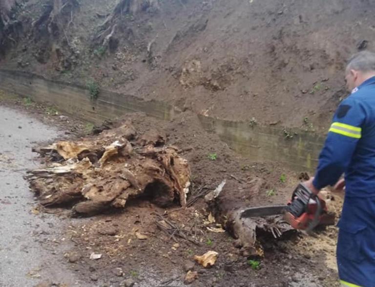 Κέρκυρα: Κατολισθήσεις λόγω της έντονης βροχόπτωσης