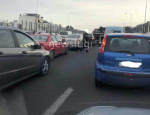 Κίνηση στους δρόμους: Απελπιστική κατάσταση προς Πειραιά