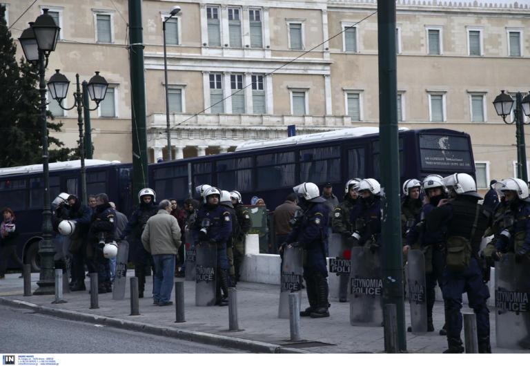 Πολυτεχνείο: Ειδικά μέτρα της Αστυνομίας για την αποτροπή επεισοδίων