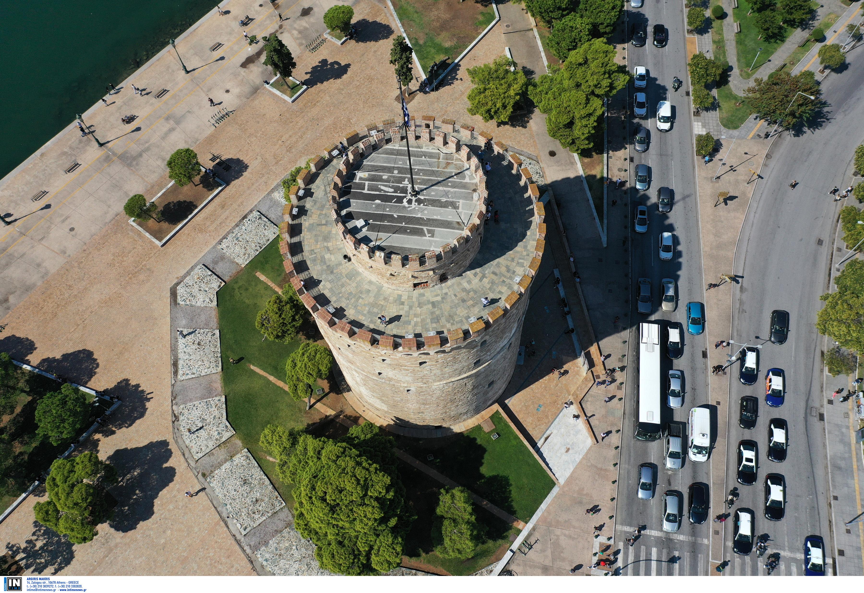 Θεσσαλονίκη: Ο Λευκός Πύργος θα φαίνεται… πορτοκαλί – Πότε και γιατί θα αλλάξει η φωταγώγησή του!