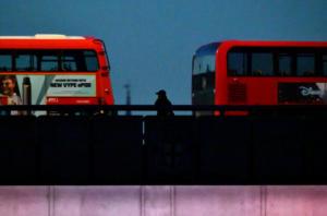 """Λονδίνο: """"Υπάρχουν σοβαρά τραυματισμένοι! Ήρωες οι πολίτες""""! video"""