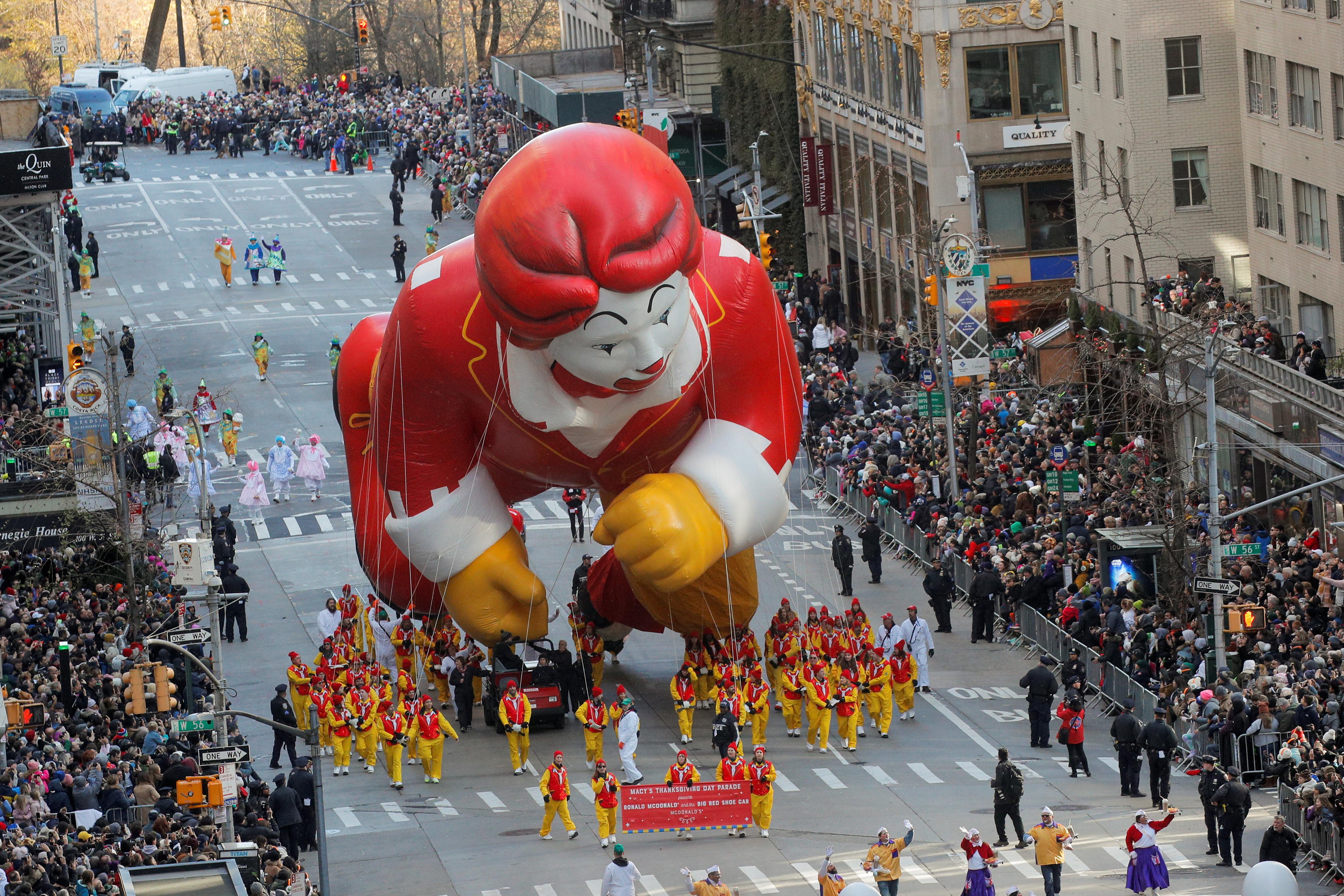 Thanksgiving: Δείτε την παρέλαση των Macy's για την Ημέρα των Ευχαριστιών