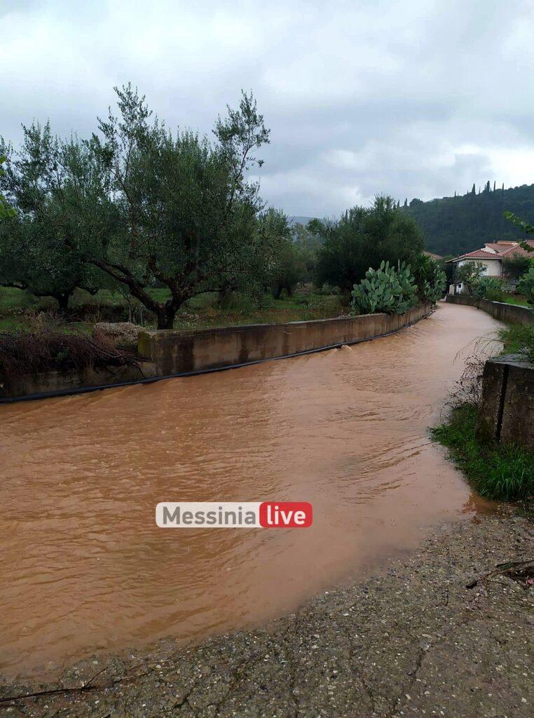 Μεσσηνία: «Πνίγηκε» ο κάμπος από τις βροχές – Ρεκόρ στα Αρφαρά – Απίστευτες εικόνες...