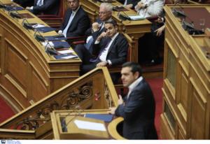 Η Ώρα του πρωθυπουργού: Ο Μητσοτάκης απαντά σε Τσίπρα – Γεννηματά