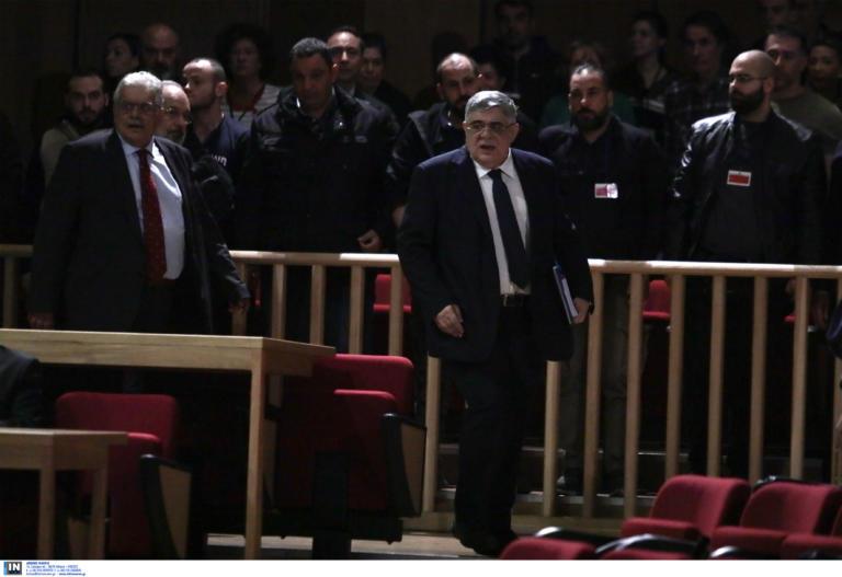 Απολογείται ο Νίκος Μιχαλολιάκος στην δίκη της Χρυσής Αυγής