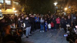 Νάουσα: Ξανά στους δρόμους για το προσφυγικό – Εγκαταστάθηκαν σε ξενοδοχεία 193 μετανάστες – video