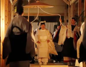 Δείπνο με την θεά του Ήλιου για τον Αυτοκράτορα Ναρουχίτο