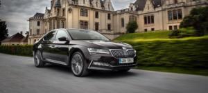Οι τιμές του ανανεωμένου Škoda Superb στην Ελλάδα [vid]