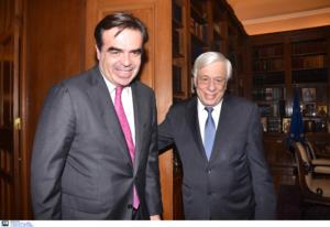 Παυλόπουλος σε φον ντερ Λάιεν και Σχοινά: Να τηρηθεί η αρχή της αλληλεγγύης στο προσφυγικό