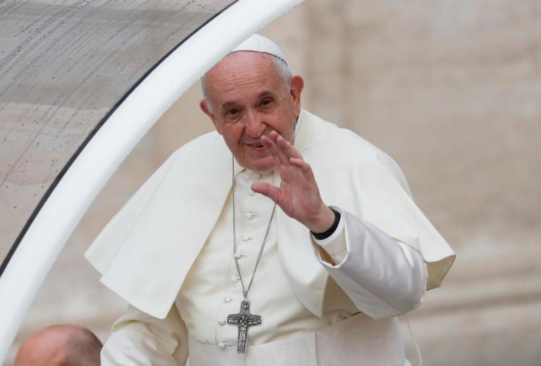 Πάπας: Ανησυχία για την αναβίωση του αντισημιτισμού – «Κάποιες ομιλίες θυμίζουν Χίτλερ»
