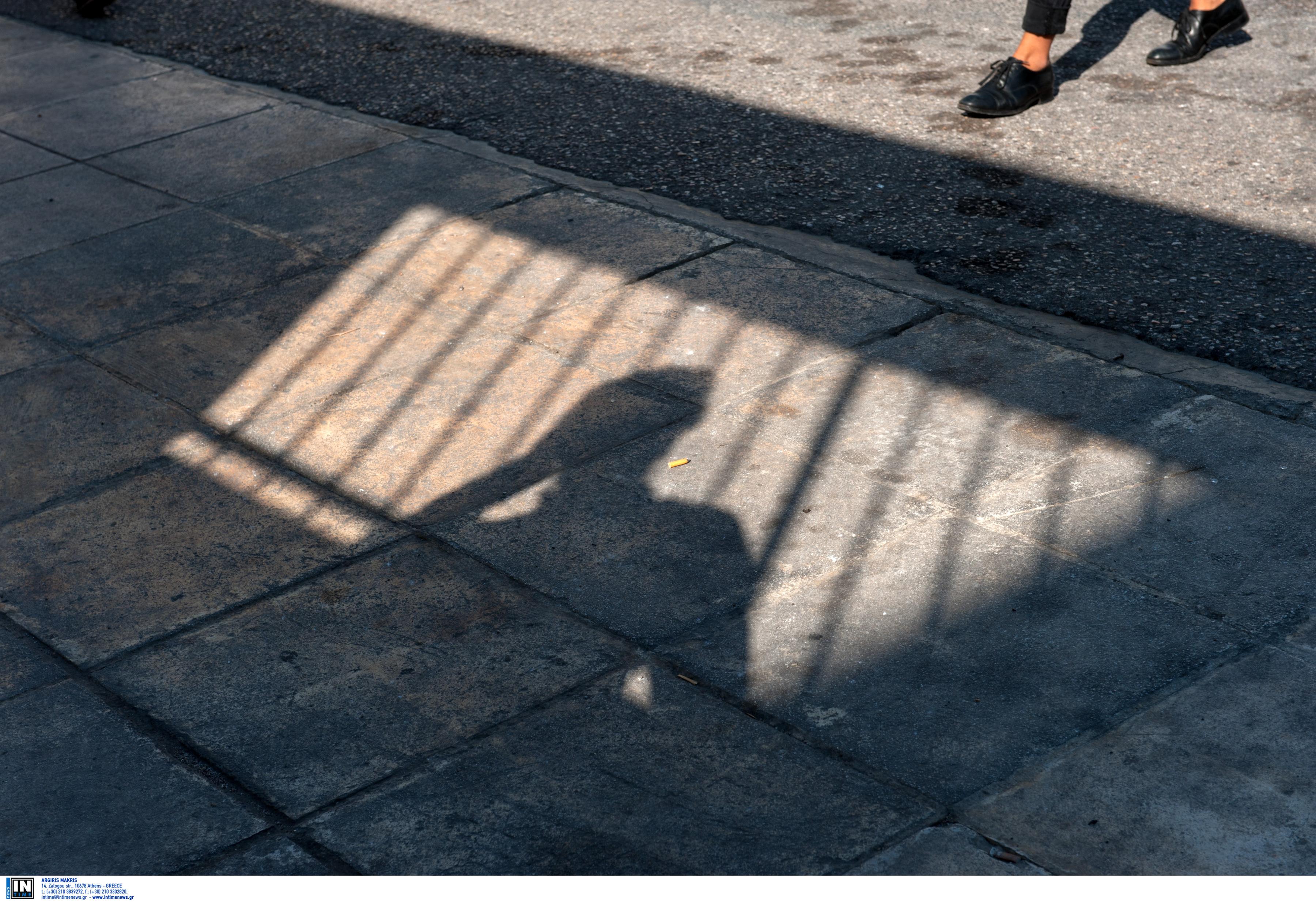 Ηράκλειο: 13χρονος έκοβε «βόλτες» μεθυσμένος στο προαύλιο του σχολείου του