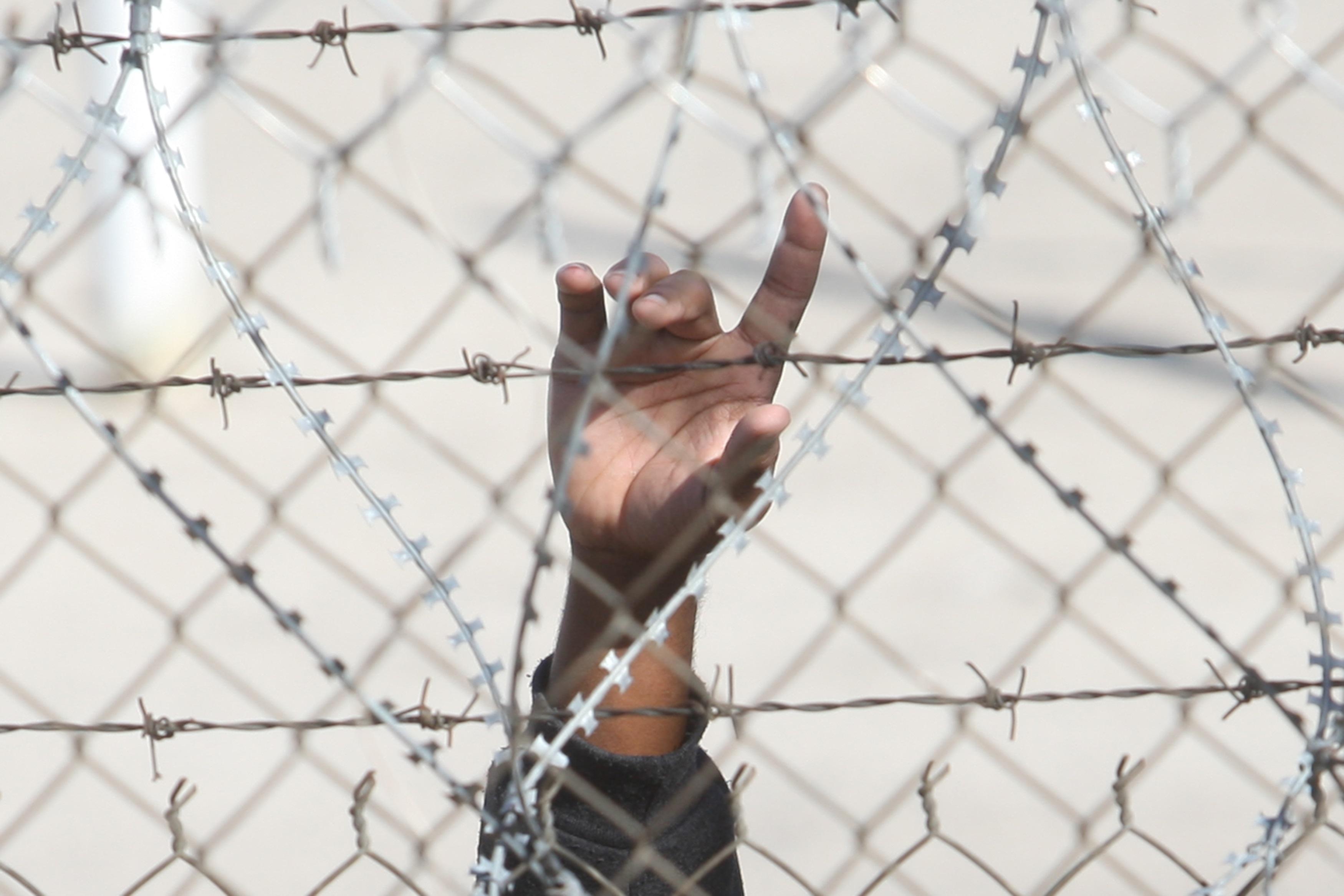 """Προσφυγικό: 17 οργανώσεις ζητούν """" ολοκληρωμένες λύσεις, με γνώμονα τα ανθρώπινα δικαιώματα"""""""